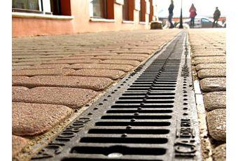 Технологии укладки клинкерной брусчатки: бетонное и песчано-гравийное основание